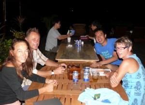 Mit unseren Schweizer Freunden Anna und Adam bei Uncle Chang